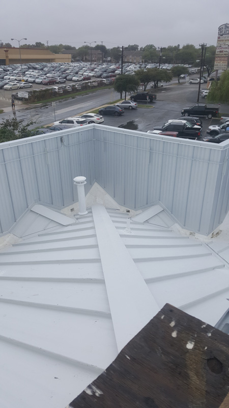 Commercial Metal RoofingCommercial Metal Roofing